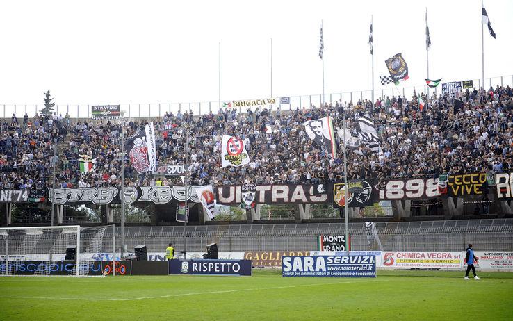 I tifosi dell'Ascoli allo Stadio Del Duca