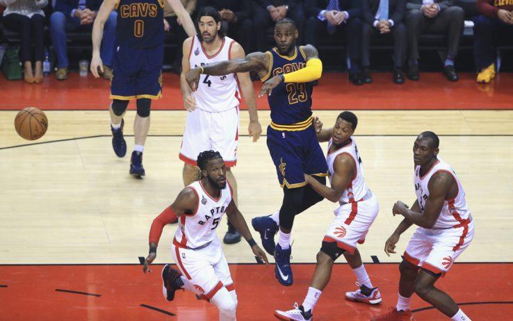 LeBron James vs Toronto Raptors